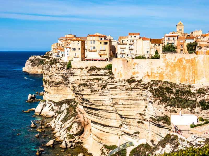 Hvorfor bo i Bonifacio, Korsika